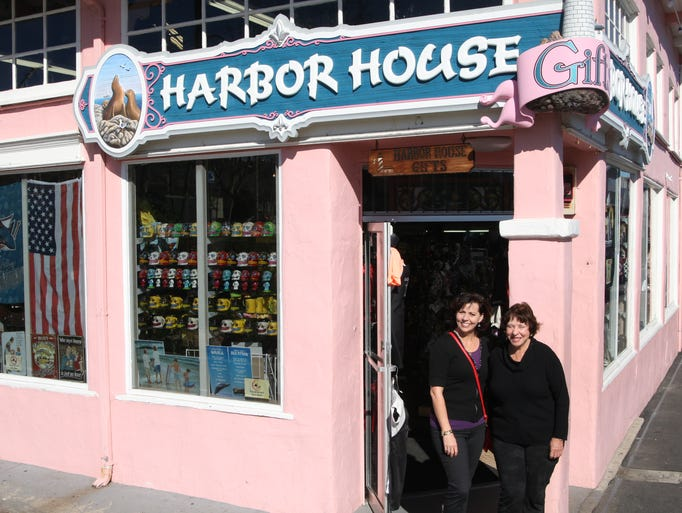 Harbor Gifts is a sponsor of Whales and the Wharf,