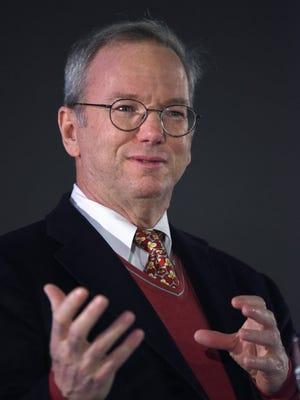Google executive chairman Eric Schmidt is stepping down.