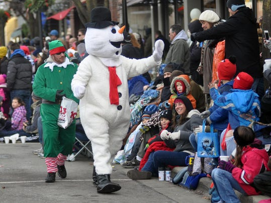 mto Christmas parade 1