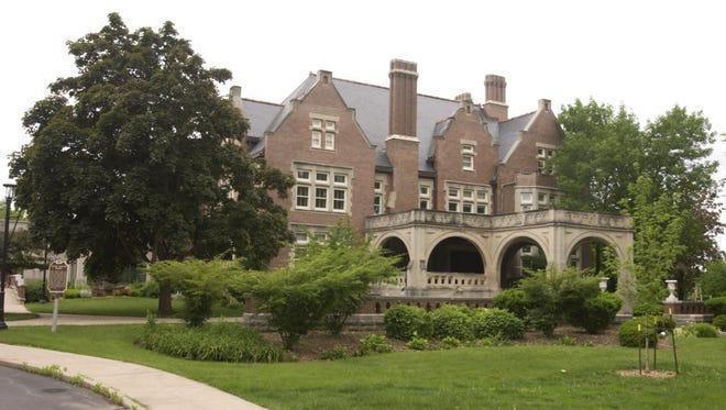 The Oshkosh Public Museum.