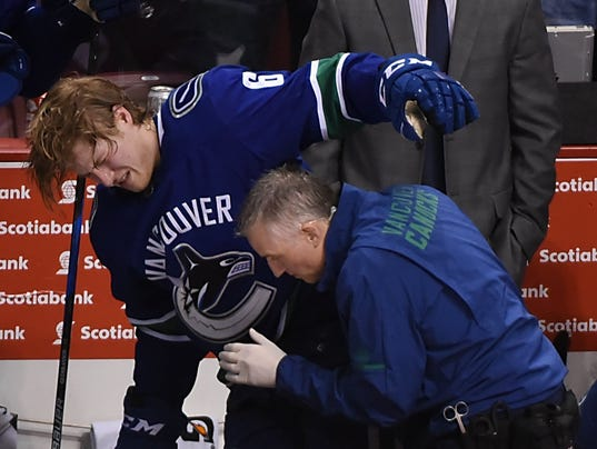USP NHL: NEW YORK ISLANDERS AT VANCOUVER CANUCKS S HKN VAN NYI CAN BR