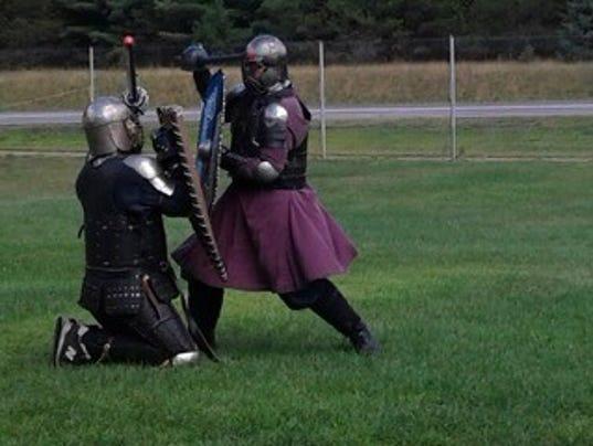 636093850064915314-knights.jpg