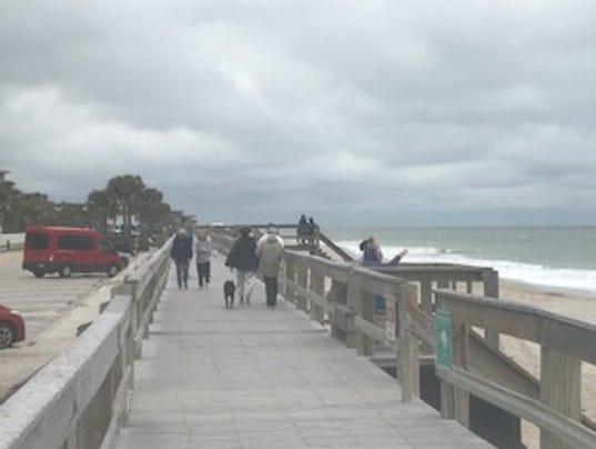 636504180351902803-Conn-Beach-Boardwalk-cold-weather1.jpg