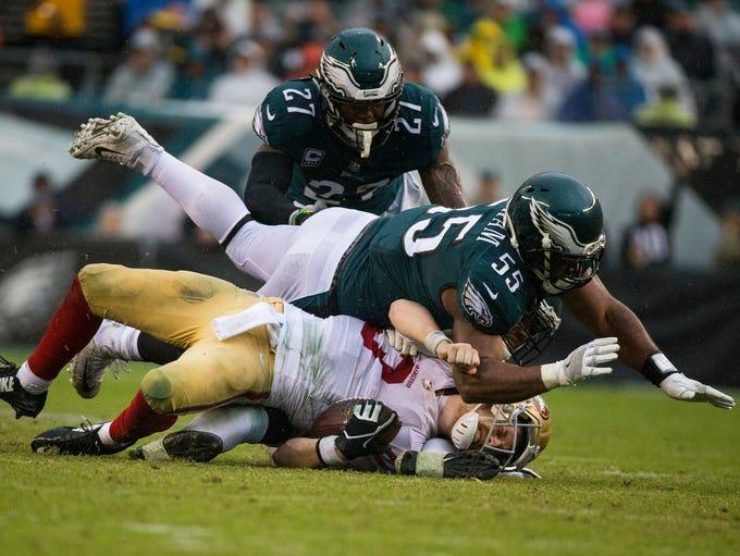 Eagles' Brandon Graham lays out San Francisco quarterback
