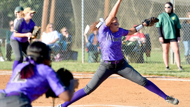 Waynesboro's Makenzie Sims delivers a pitch in the first inning during a softball game played in Fishersville on Friday, March 18, 2016.