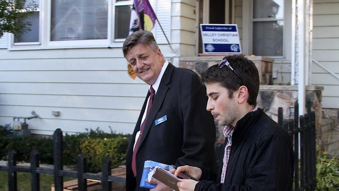 Mark Harris made his round around Oshkosh encouraging his constituents to support him in the upcoming November fourth election for the 6th Congressional District Seat.