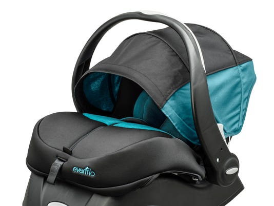 635733543065655180-Evenflo-ADVANCED-SensorSafe-Embrace-DLX-Infant-Car-Seat