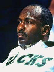 Bucks center Moses Malone.