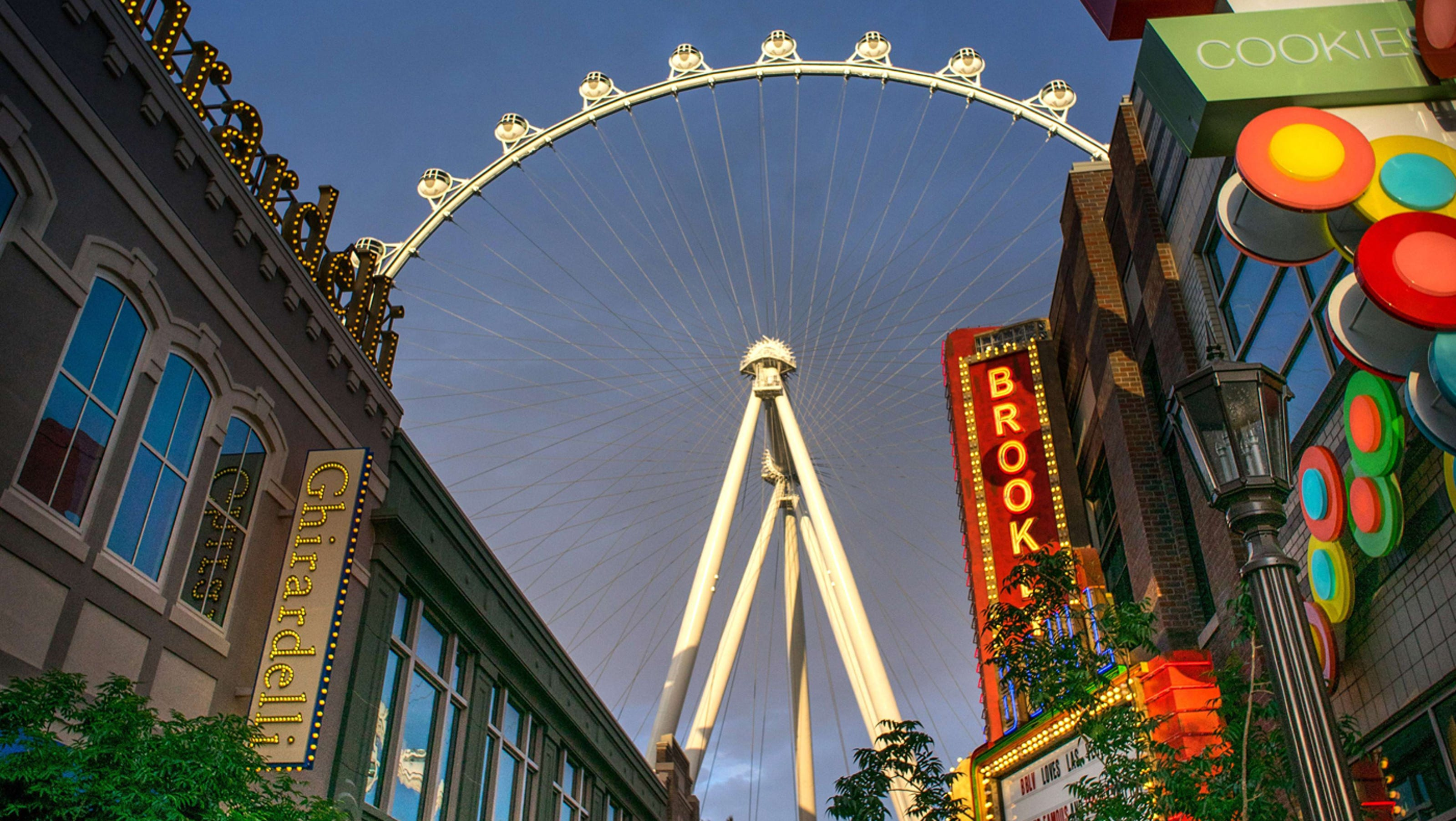 las vegas observation wheel high roller the linq hotel. Black Bedroom Furniture Sets. Home Design Ideas