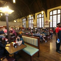 FSU signs $173M food services deal with Sodexo