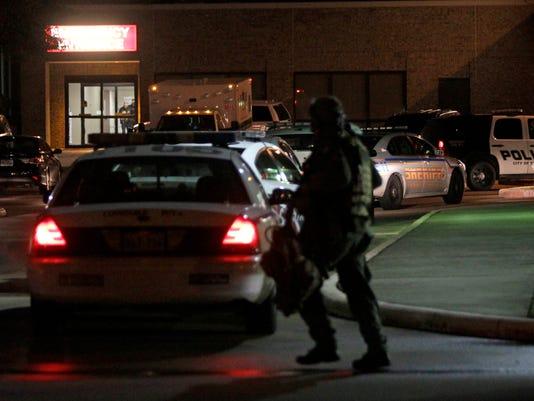 AP TEXAS-HOSPITAL HOSTAGES A USA TX