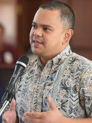 Sen. Dennis Rodriguez speaks during session at the