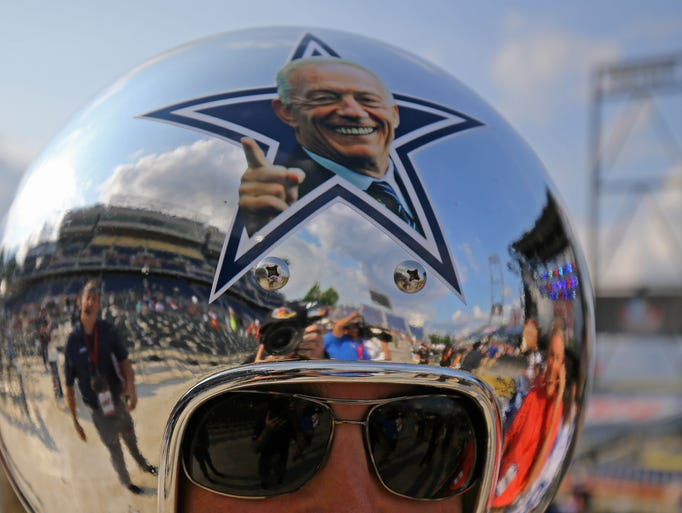 Take a look at the NFL's most valuable franchises for