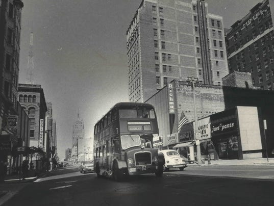 Downtown shuttle buses