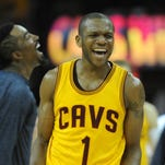 Cleveland Cavaliers forward James Jones will make the veteran's minimum in his new contract.