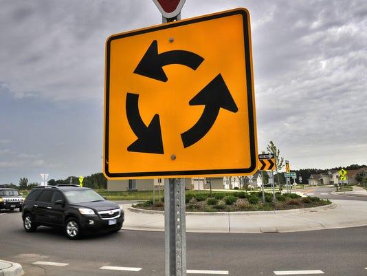 Engineers gush over Minnesota roundabouts