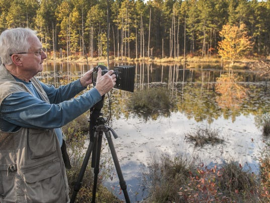 636555047109979357-Pinelands-photographer-Al-Horner-snaps-a-morning-photo-in-Wharton-State-Forest-in-a-photo-by-C-P-staff-photographer-Chris-Lachall....r1.jpg-by.jpg