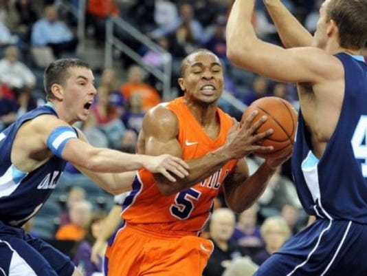 UE won Tuesday while wearing its all-orange jerseys for the first time this season. MOLLY BARTELS/C&P