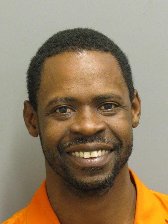 636531623758555794-Rodney-Jones-is-charged-with-robbery..jpg