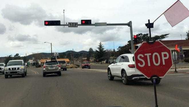 The traffic light at Swan Street and Silver Heights was not operational Tuesday. Vehicles had to make a complete stop as the intersection was turned into a four-way stop.