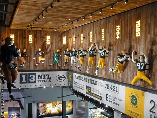 635775668775407143-FON-0913-PACKERS-travel