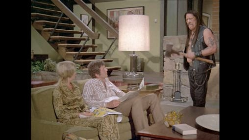 "A Snickers candy bar commercial, based on the ""Brady Bunch"" television series and featuring actor Danny Trejo, aired during Sunday's Super Bowl XLIX broadcast."