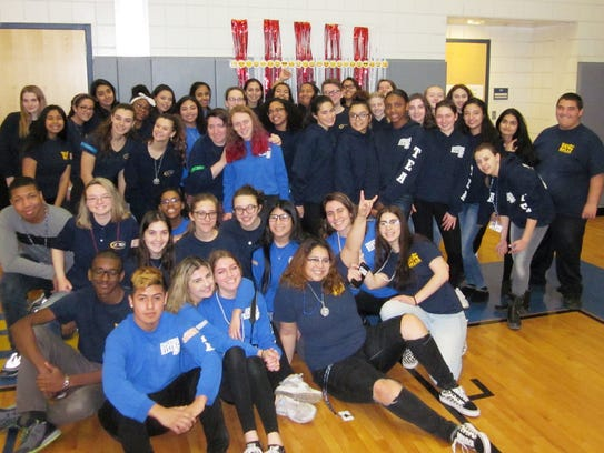 Student volunteers from the Teacher Education Academy