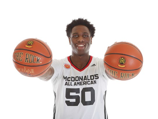 Kentucky Basketball Cracks Top 10 In Pair Of Preseason: Michigan State Signee, Target Play Together In McDonald's Game