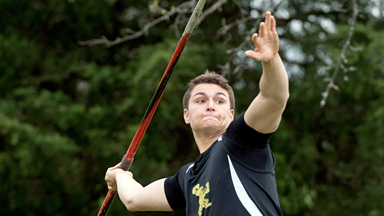 Delone Catholic junior Seth Leonard discusses his development as an athlete, and breaking the school's javelin record this season.