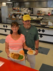 Vicky and Scotty Davis opened Grill 2855 in March.