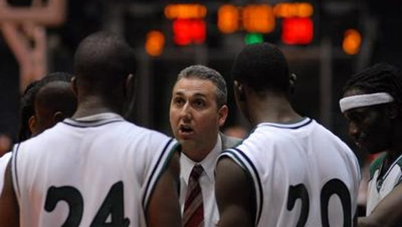 Charlotte boys basketball coach Jeff Curtis in 2007