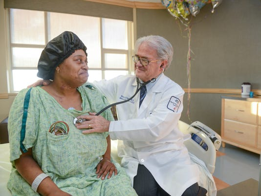 635902801451713950-Breakthrough-O-neill-impella-with-patient.jpg