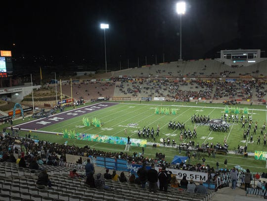 Halftime of the Centennial-Oñate game on Thursday, Nov. 2. It recorded an attendance of 2,987.