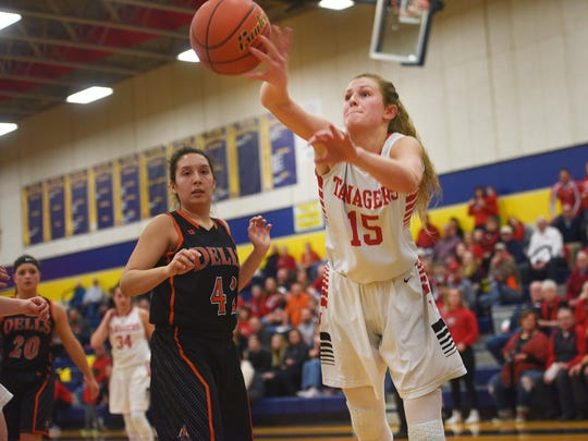 Vermillion's Kasey Herbster keeps the ball in bounds