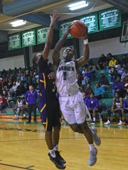 Bossier's Jacoby Decker scores two of his 39 points