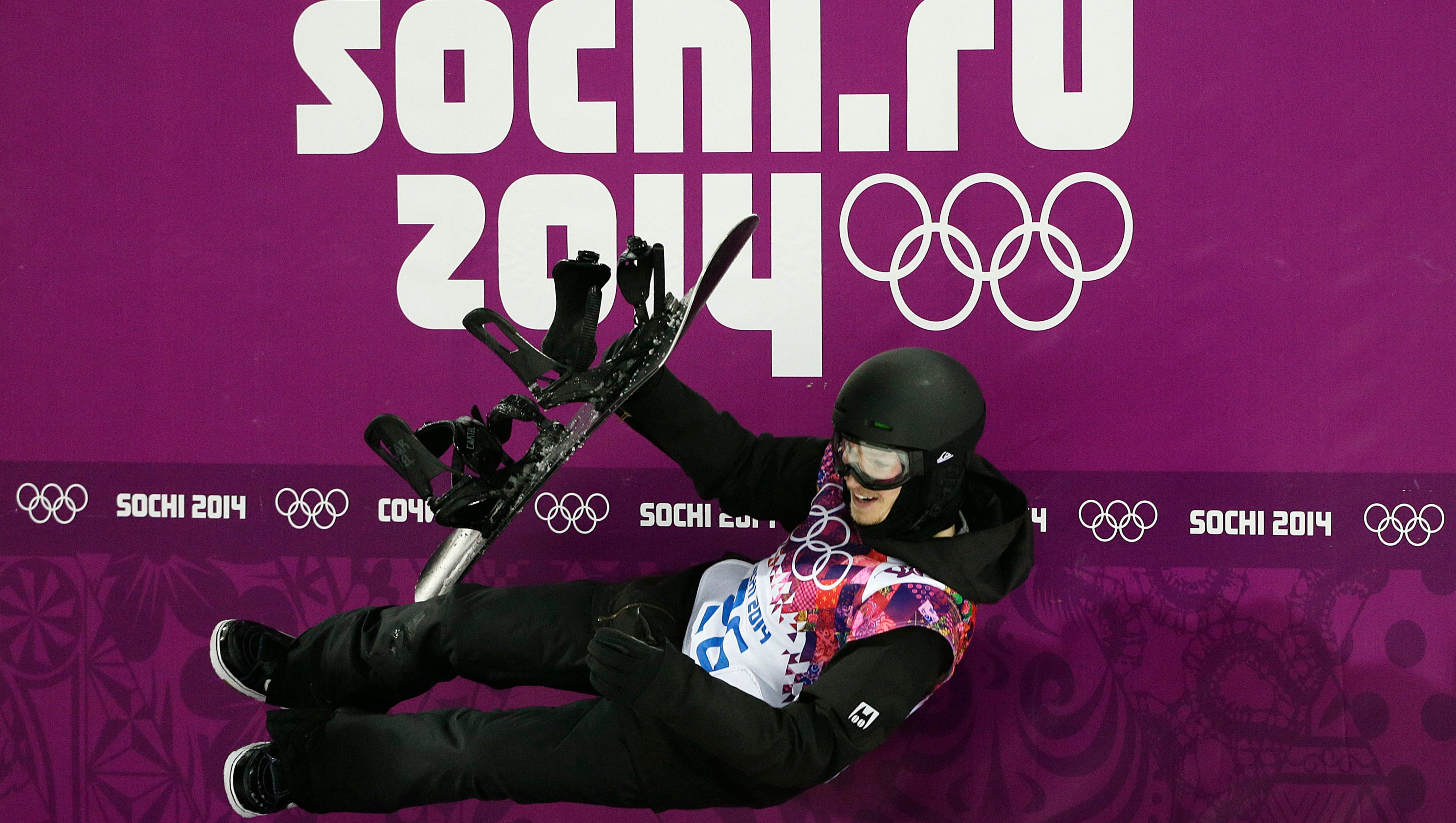 Olympic champ Iouri Podladtchikov suffers nasal fracture at X Games