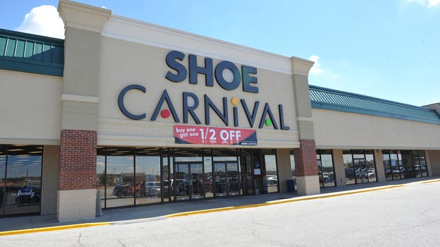 JASON CLARK / COURIER & PRESSShoe Carnival located at 805 North Green River Road.  Shoe Carnival has opened two stores in Puerto Rico and plans to open more.