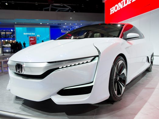Honda debuts its FCV concept  at  the North American