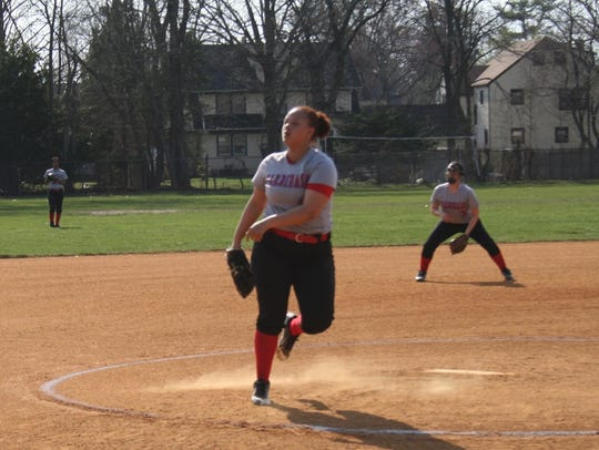 Plainfield senior Arianna Diaz has pitched right and