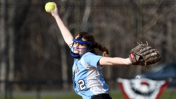 Emily August and No. 9 Mahwah will play rival top-seeded