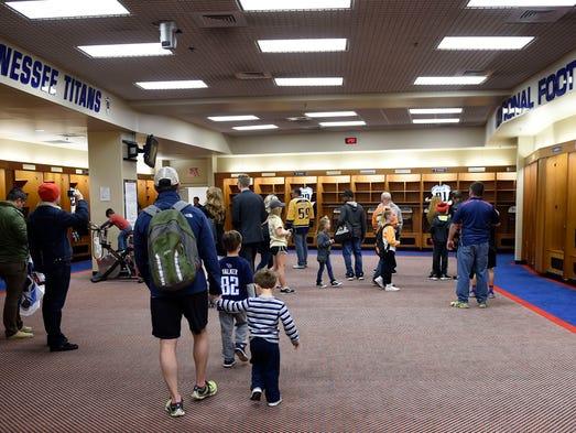 Tennessee Titans Locker Room Tour