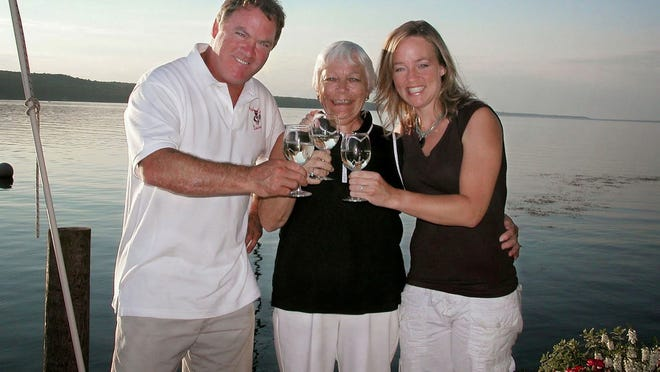 Doug Hazlitt, mother Elaine Hazlitt and Leigh Hazlitt-Triner.