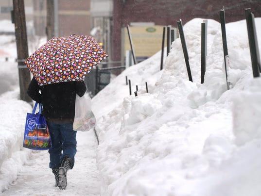 shopping-in-snow.jpg
