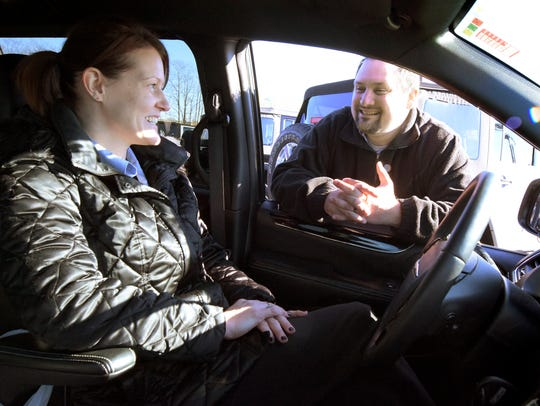 Stetler Dodge Chrysler Jeep RAM Sales Consultants Jennifer