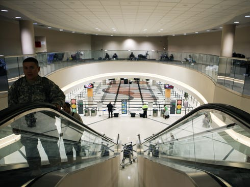In the period between Thanksgiving and Christmas, and again in late January, leisure travelers will find great deals and uncrowded airports.