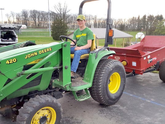 HES-SUB-051116-Tractor-Safety-2.jpg