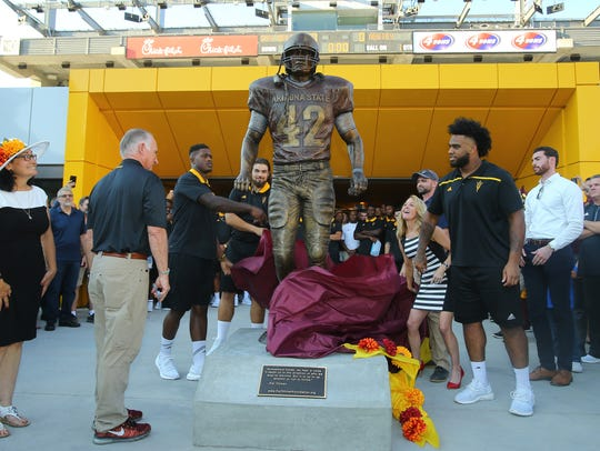 ASU unveils a statue of Pat Tillman at Sun Devil Stadium