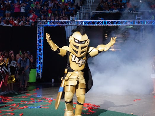 Knightro making his entrance for the Mascot Games.