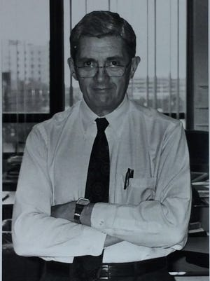 "Former Lansing State Journal editor Harold ""Hal"" Fildey has died at age 86."