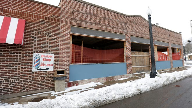 Pictured above is the building where brewpub was supposed to have been located. A recent post on the company's Facebook page revealed that the craft microbrewery will no longer be located at this building in downtown Mosinee.